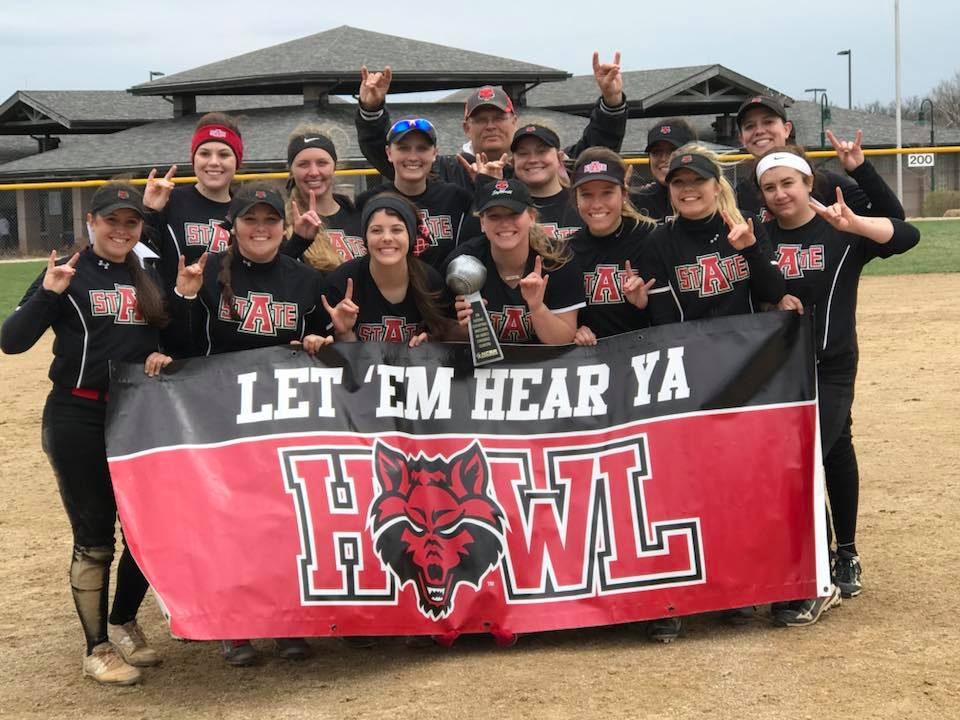 Softball Team to Open World Series Pool Play with Rutgers