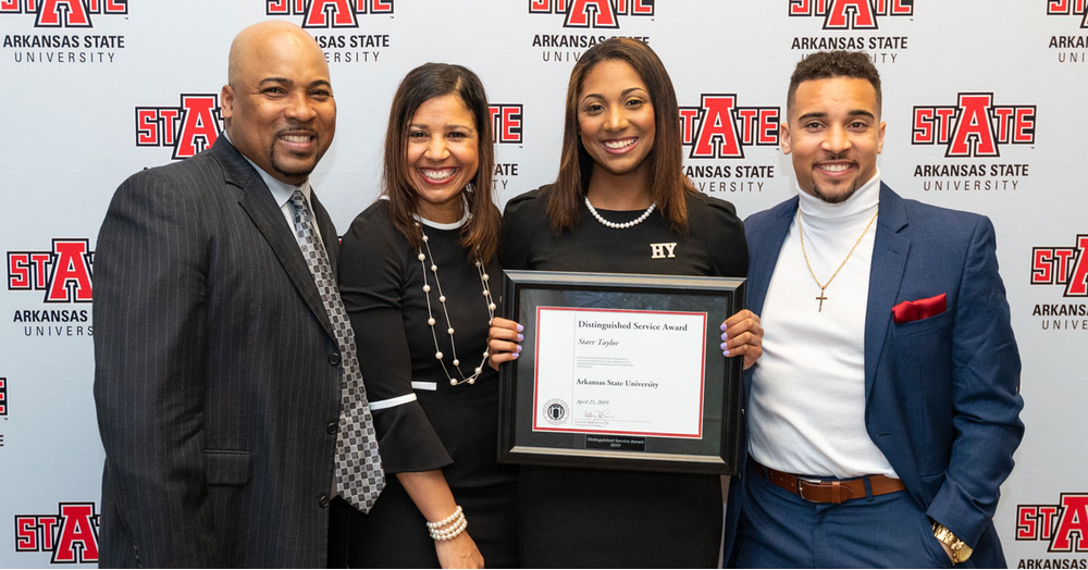2019 Distinguished Award Winner: Starr Taylor