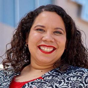 Juarez Presents Research Colloquium in California