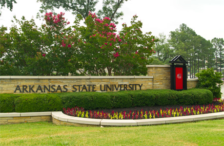 application essay for university of arkansas Application materials • issue essay university of central arkansas 201 donaghey ave, conway, ar 72035 (501) 450-5000 uca is accredited by the higher.