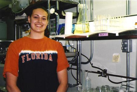 Rebecca Cooper in the lab
