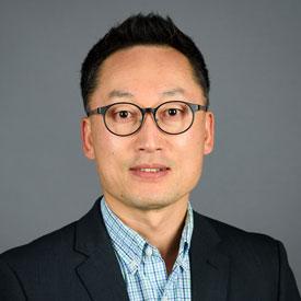 Hwang to Serve as Interim Associate Dean