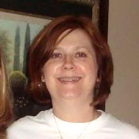 Lori Fenner is Recipient of Advising Award
