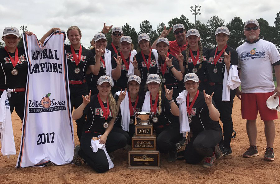 Softball National Champs 2017