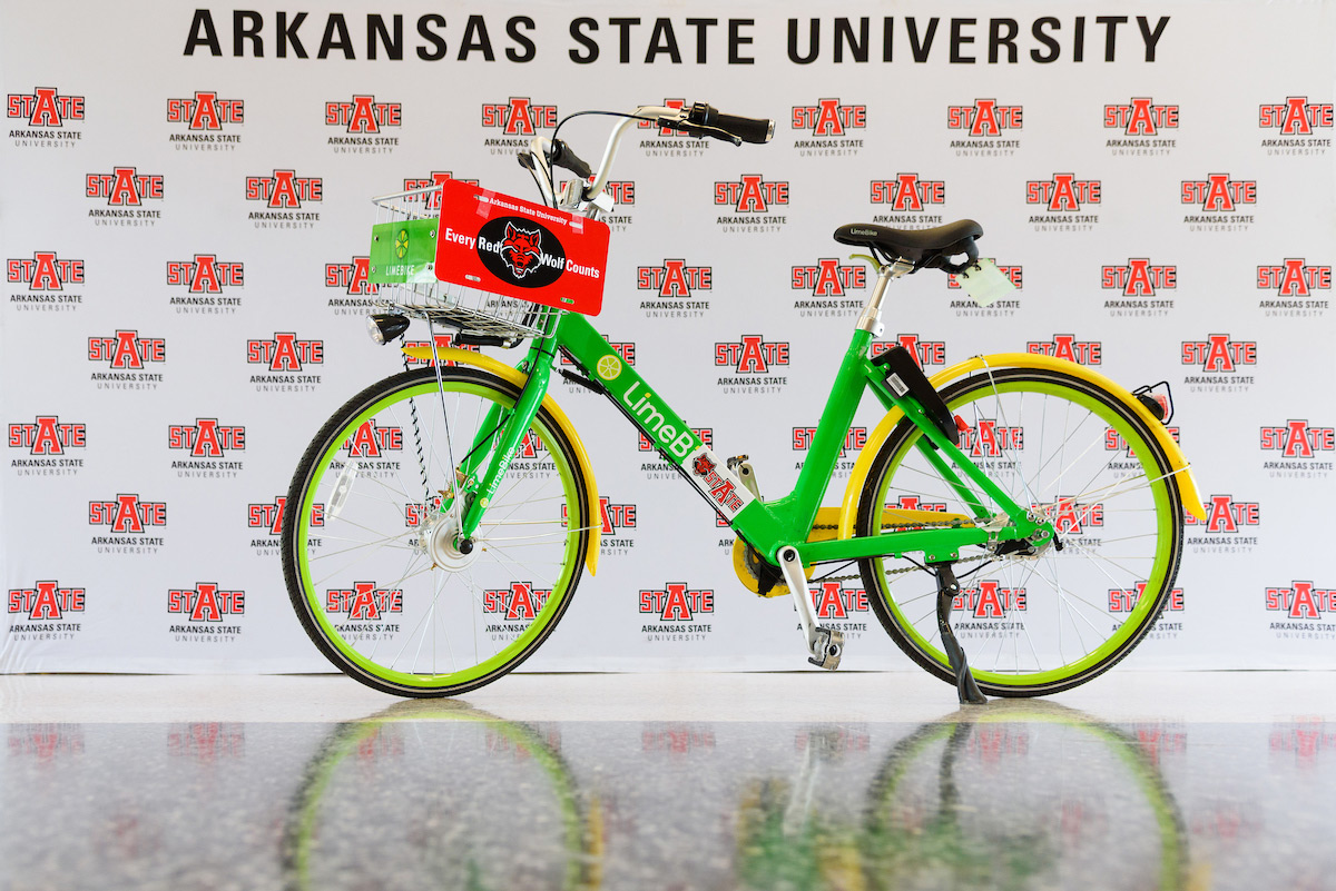 A LimeBike with the A-State background