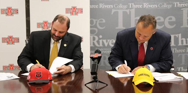 Three-Rivers-Signing-web