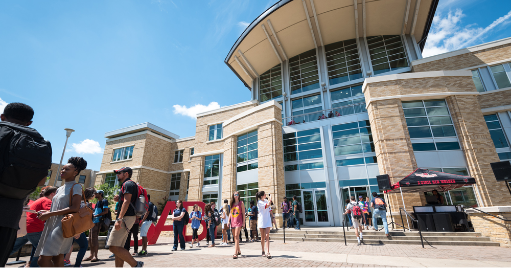 Welcome Week Gets Underway, Opening Fall Semester