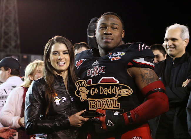 Defensive Player of the Game, Q. Lee with Danica Patrick