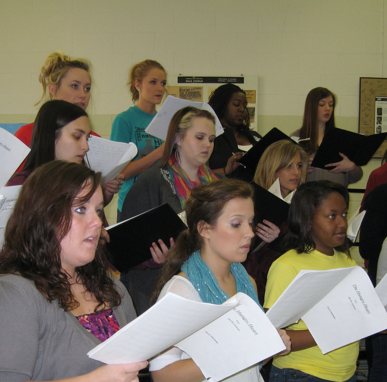 Choir students rehearse